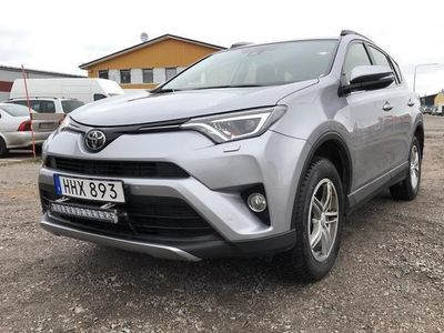 begagnad Toyota RAV4 2.0 VVT-i AWD 2018, SUV 212 000 kr