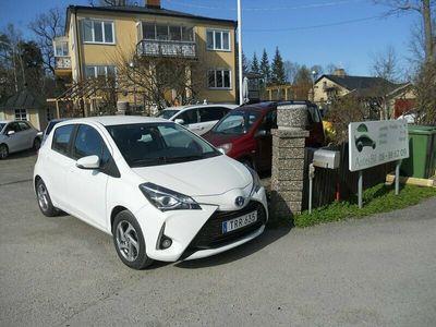 begagnad Toyota Yaris Hybrid 1.5 VVT-i AUTOMAT Kamkedja