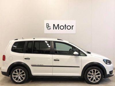 begagnad VW Touran Cross 1.4TSI DSG Premium Drag