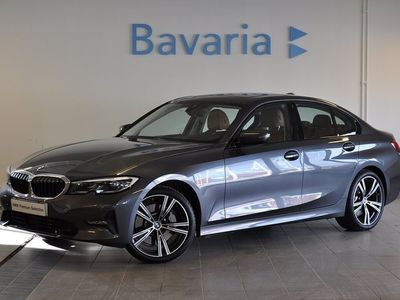 begagnad BMW 330 i A Sedan Model Sport Demobil
