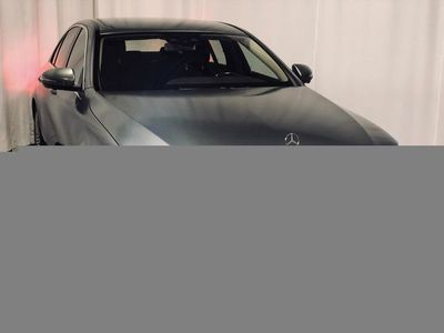 usata Mercedes 300 E-KLASSExclusive exteriört interiört