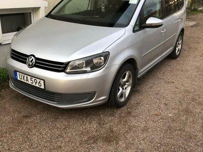 begagnad VW Touran 1.6TDI BlueMotion DSG