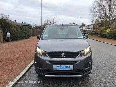 begagnad Peugeot Rifter Golvsänkt Rullstolsbil Handik