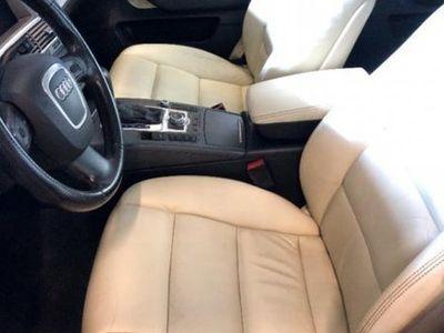 begagnad Audi A6 sedan 3.2FSI V6 qvattro Tip Trinidad