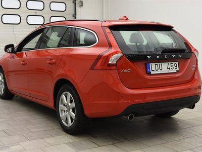 begagnad Volvo V60 D4 AWD* 163hk MOMENTUM / AUT