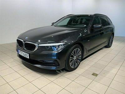 begagnad BMW 520 d xDrive Touring Sport Line Drag Värmare Navi PA