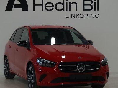 begagnad Mercedes B200 Dragkrok Backkamera Kurshållningsassistent Nightpackage