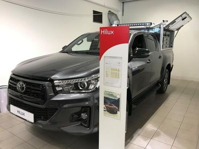 begagnad Toyota HiLux Ultimate 2,4D Automat Skinnkläds