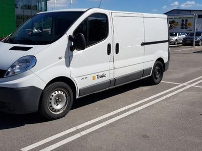 used Renault Trafic 2.0 DCI L2H1 -12