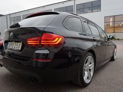 begagnad BMW 535 d Aut M-Sport 313HK Touring Skinn Svensksåld