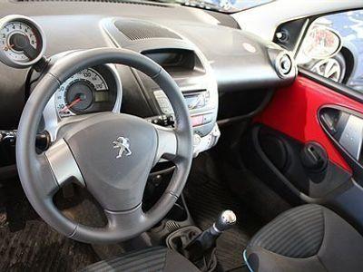 begagnad Peugeot 107 Active 1,0 VTi 68hk 5D