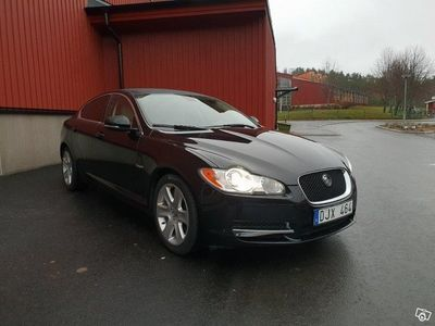 begagnad Jaguar XF 3.0 DS 275hk Premium Luxury -11