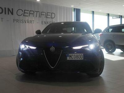 begagnad Alfa Romeo Giulia GIULIA MY19VELOCE 2.0 280HK AWD