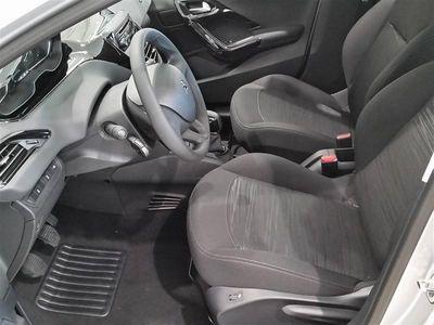 begagnad Peugeot 208 Cool PureTech 68 hk Halvkombi