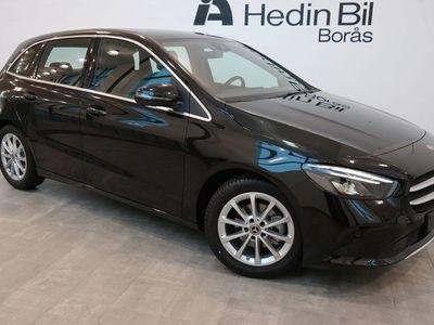 begagnad Mercedes B180 // DEMO // Advantagepaket // Progressive Line // Dragkrok //