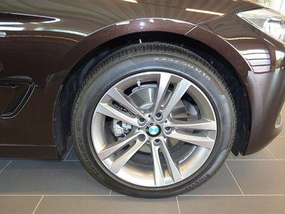 begagnad BMW 320 Gran Turismo 320D d xDrive 2015, Halvkombi