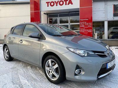 begagnad Toyota Auris 1.6 5-D Man Edition Feel Ink V-hjul