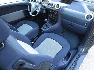 begagnad Peugeot 1007 1,4