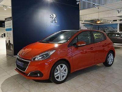 begagnad Peugeot 208 Signature 1,2vti 82hk Glastak, Apple carplay