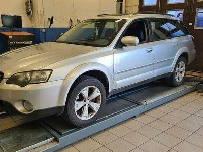 begagnad Subaru Outback 2.5 4WD
