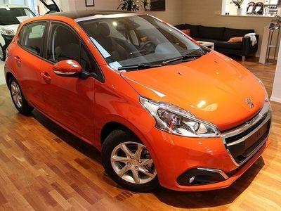 begagnad Peugeot 208 Style 1,2 PureTech 82hk Automat 5D