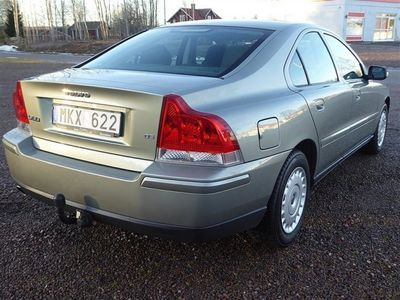 begagnad Volvo S60 D5 SEDAN 185HK 6VXL NYBES