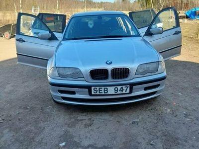begagnad BMW 318 TOU MJ01