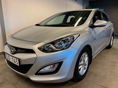 begagnad Hyundai i30 1.6 CRDi 110hk   Comfort   Värmare   S+V-hjul  
