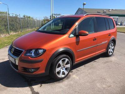 begagnad VW Touran Cross 1.4 TSI NAV 7Sit Ny Bes Ser