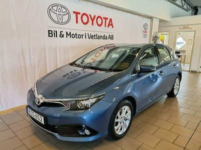 begagnad Toyota Auris 1.2T Active (dragkrok)