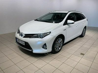 begagnad Toyota Auris 1.8 HSD Touring Sports Edition