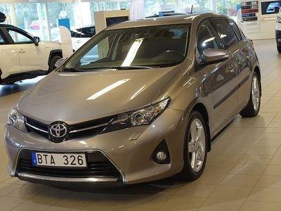 begagnad Toyota Auris 1.6 MAN STYLE SMART PACK AVTAGBAR DRAG V-HJUL