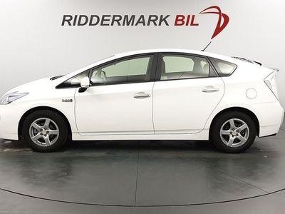 begagnad Toyota Prius Plug-in Hybrid Navi Kamera Nyservad