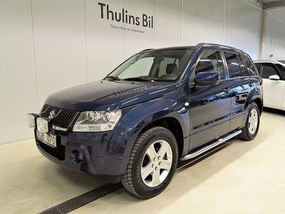 begagnad Suzuki Vitara 2.0 MT 2,0 4WD / Drag / Taklucka / Läder