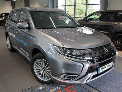 begagnad Mitsubishi Outlander P-HEV 2.4 Hybrid 4WD CVT Euro 6 230hk