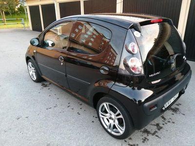 begagnad Peugeot 107 5-dörrar nybesiktigad