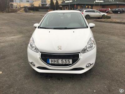 begagnad Peugeot 208 1,2 VTi active 5D -15