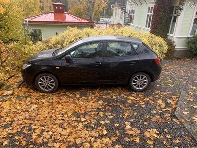 begagnad Seat Ibiza 1.4, Låg mil, V-hjul, Ny servad -10
