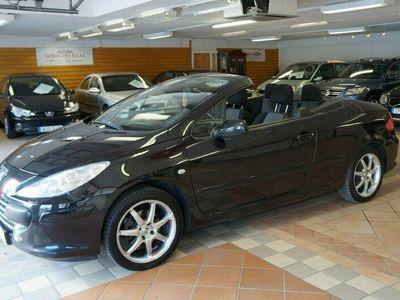 begagnad Peugeot 307 CC 2.0 140hk