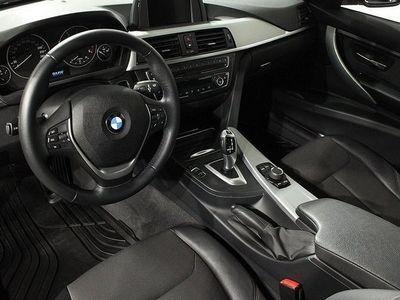 begagnad BMW 320 d Touring Advantage Edition