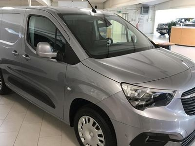 begagnad Opel Combo Combo TourLaunch Edition D100 Skåp L1 2019, Personbil 181 000 kr