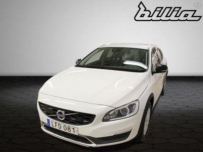 usado Volvo V60 CC D4 AWD Momentum BE Automat /Vinterhjul/Tidur