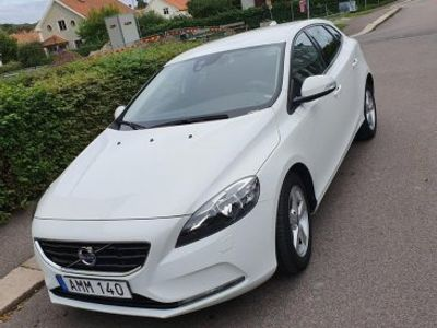 used Volvo V40 d2 kinetic -15