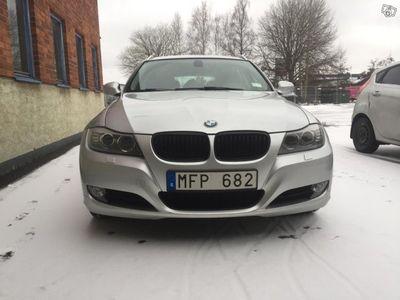 begagnad BMW 320 D Touring 184hk Automat -12