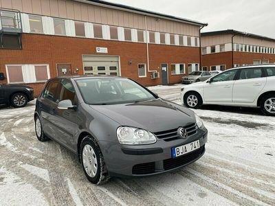 begagnad VW Golf 5-dörrar 1.6 102hk Drag Nyservad Fullservad