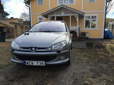 begagnad Peugeot 206 GRIFFE Lågmil Nybes Nyservad -04