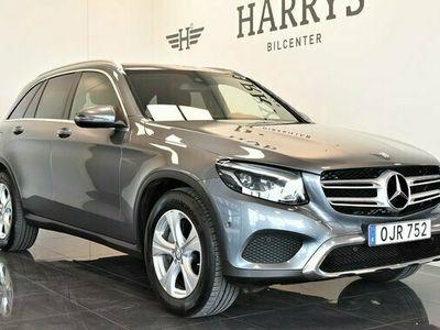 begagnad Mercedes 220 GLC Benzd 4MATIC Panorama Värmare NAV 9GTronic 2017, SUV Pris 328 800 kr