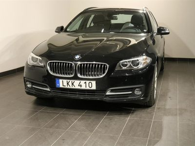 begagnad BMW 520 d xDrive Touring Sport Skinn HiFi Drag