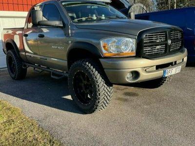 begagnad Dodge Ram QUAD ST