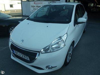 begagnad Peugeot 208 5-dörrar 1.4 Automat 68hk